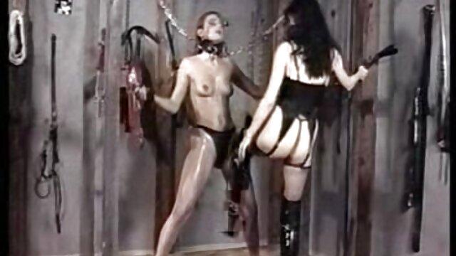 دختر لاغر در زمان فیلم سکسی کس و کیر ماساژ